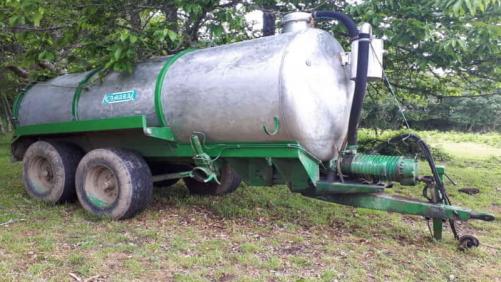 Cisterna 10.000L tipo Tándem inoxidable- vendida