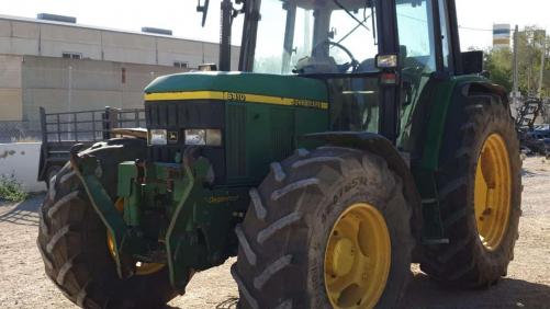 Tractor John Deere 6410. Premium con suspensión delantera
